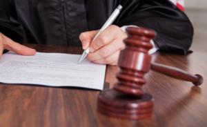 Иногда признания собственности приходится добиваться в суде