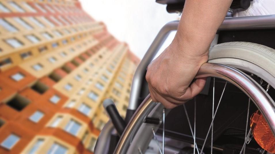 Как купить квартиру у парализованного собственника